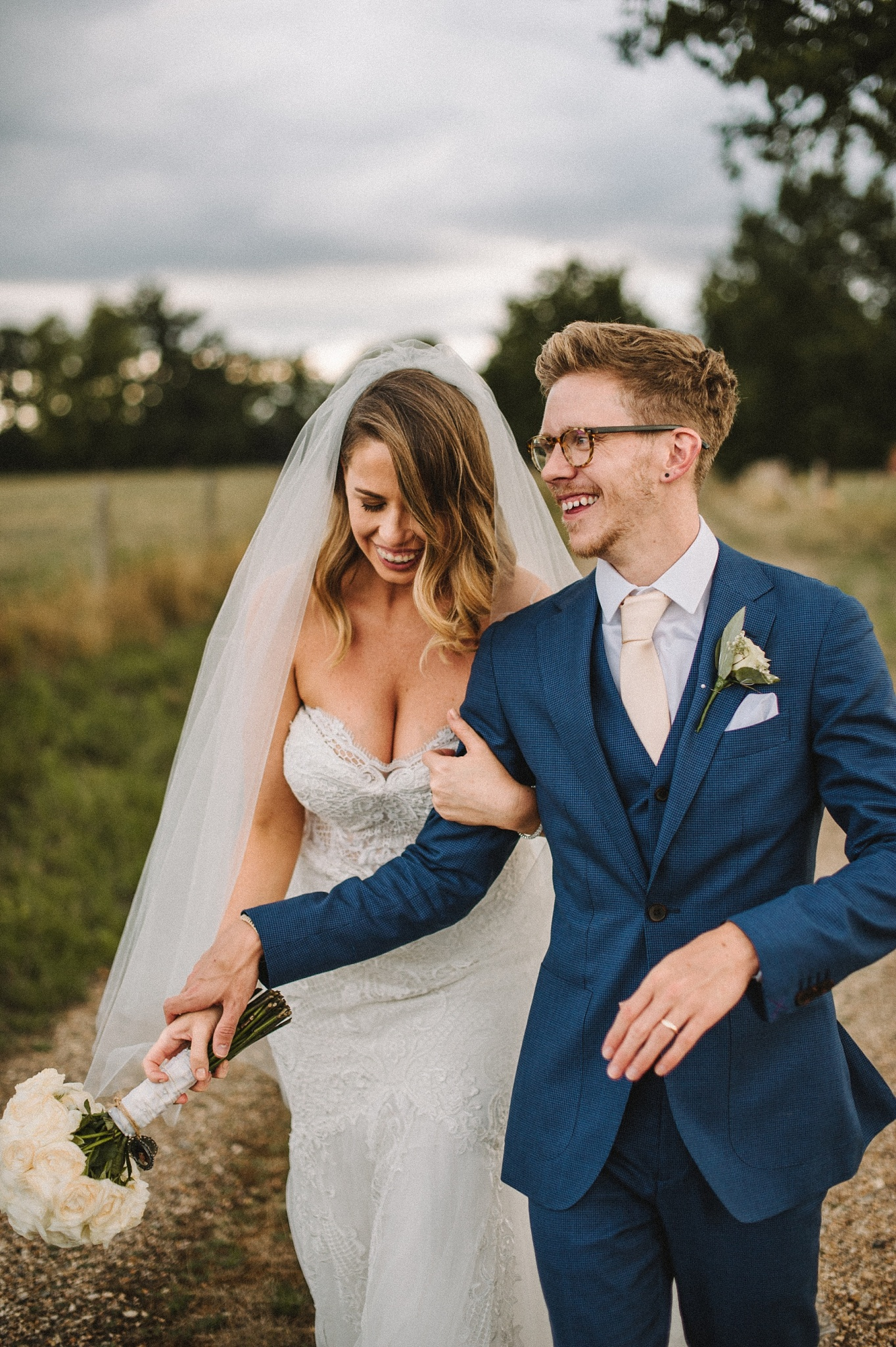 stylish bride & groom at Hampshire wedding