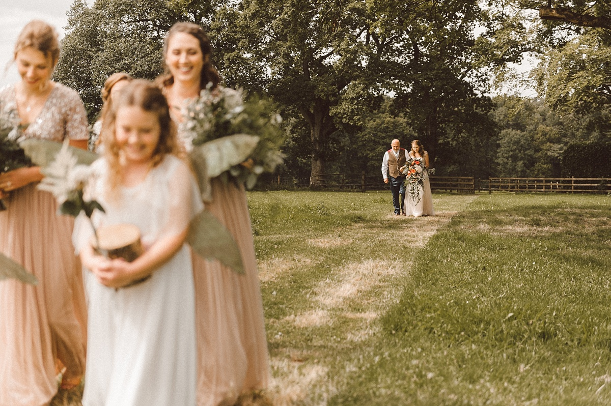 Dad walks daughter to wedding ceremony
