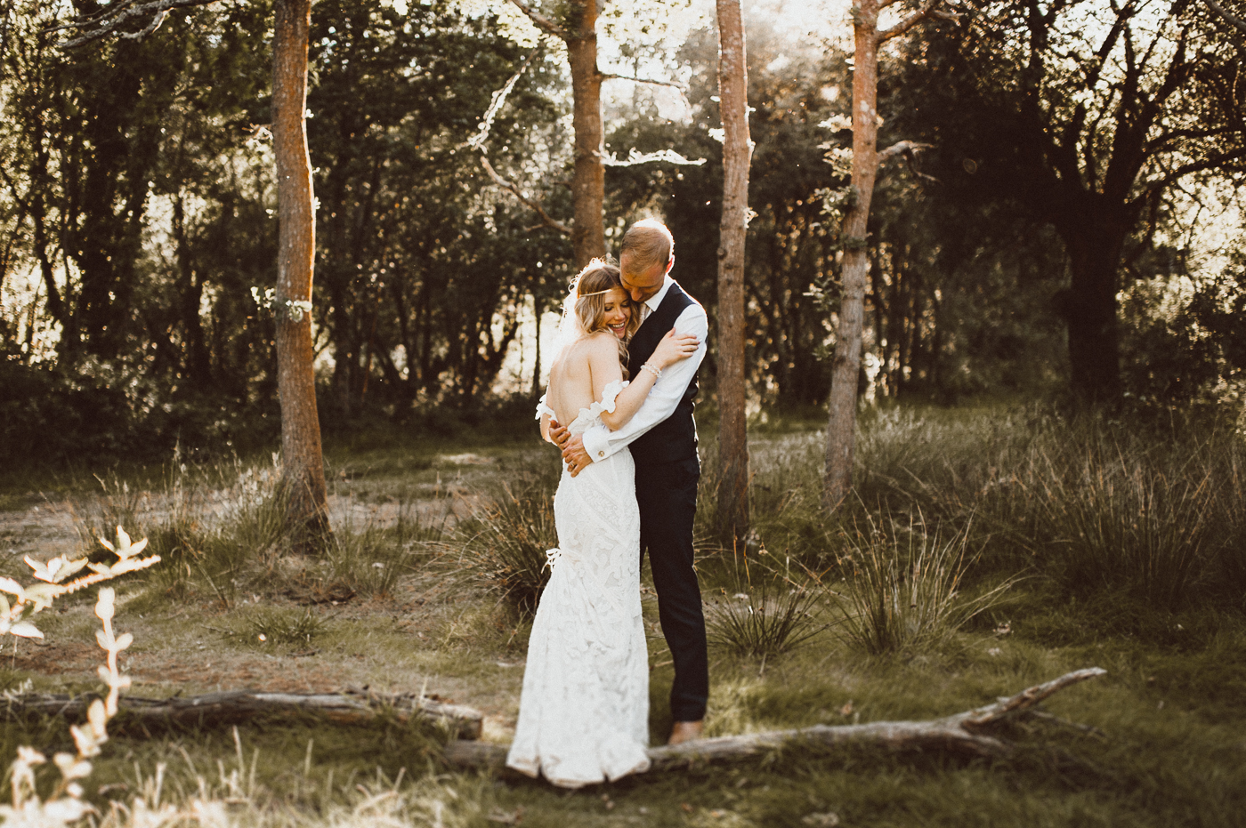 Hampshire wedding photographer, at Tournerbury woods estate