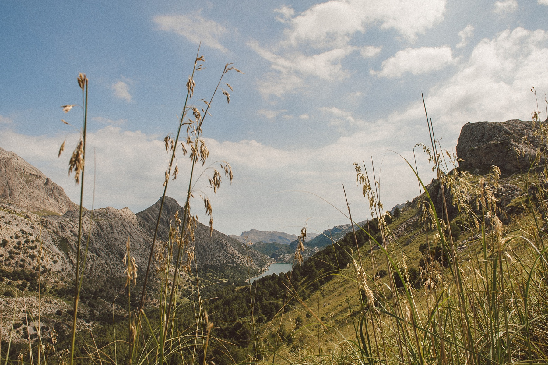 colour photo of mountains in Mallorca, by Matt Lee wedding photographer