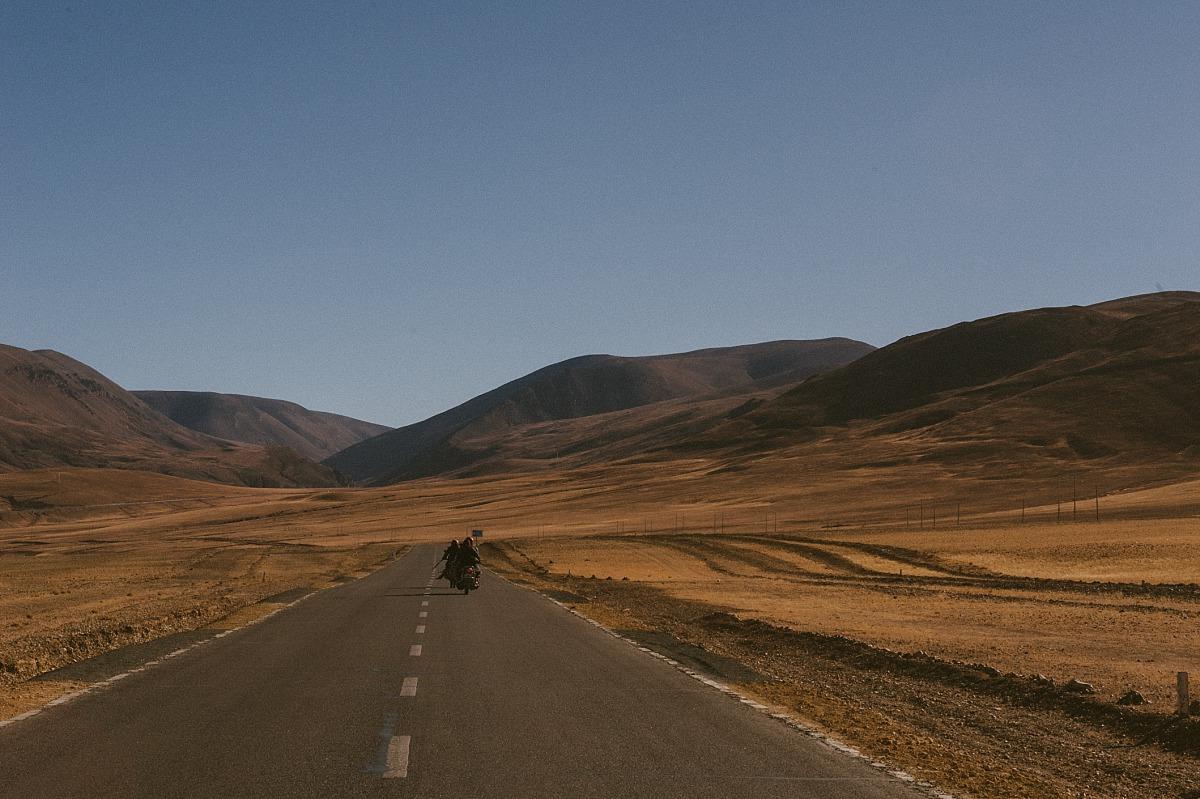 Long road in Tibet