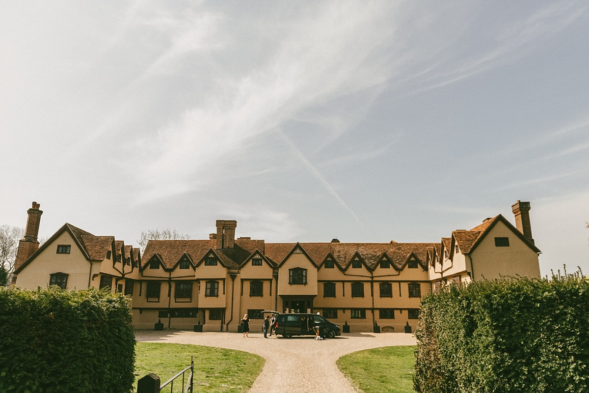 Exterior photo of Ufton Court wedding venue in Reading